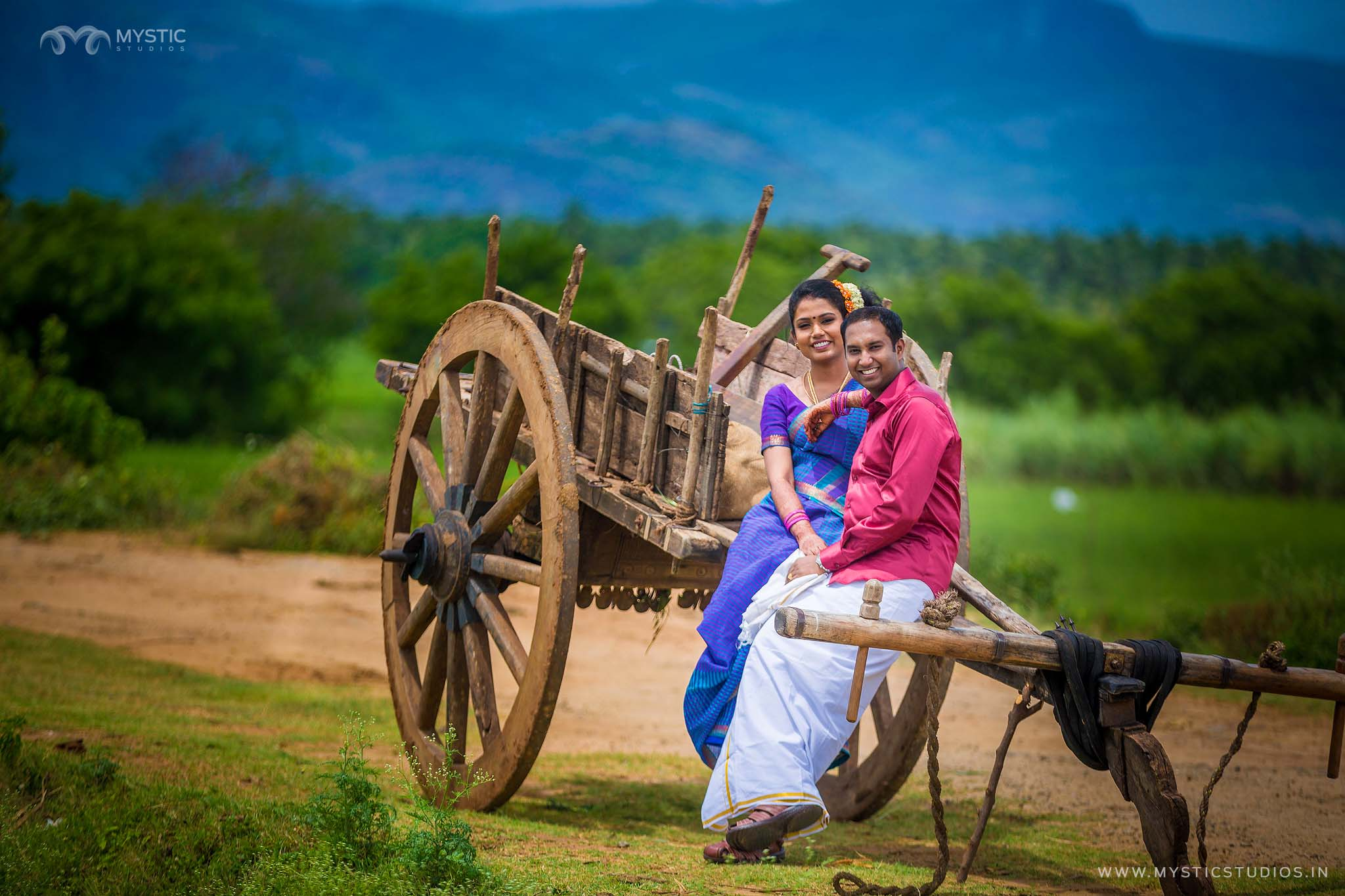 Vijay prashipa village concept couple shoot